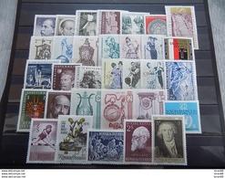 Année Complète 32 Timbres Neuf Autriche 1970 - Años Completos