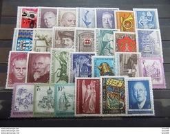 Année Complète 27 Timbres Neuf Autriche 1973 - Años Completos