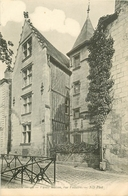 WW 2 CPA Vierges & Impeccables 37 CHINON. Vieilles Maisons Rue Voltaire - Chinon