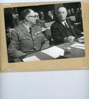 Photo Originale . Le Général D'armée AILLERET  Et François SEYDOUX  Ambassadeur De France En 1963 - Guerre, Militaire