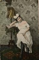 Risqué // Femme Pose Erotique Ca  1910 - Pin-Ups