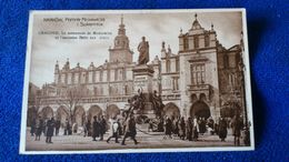 Kraków Pomnik Mickiewicza I Sukiennice Poland - Polonia
