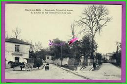 CPA (94 Val De Marne) - SUCY EN BRIE - Rond Point Perrault Et Avenue Du Chemin De Fer Et Boulevard De La Gare Animé - Sucy En Brie