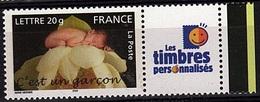 PERS 33 - FRANCE Les Timbres Personnalisés N° 3805A C'est Un Garçon - France
