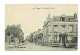 CPA 58 NEVERS RUE SAINT VALIERE - Nevers