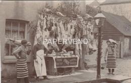 Butcher's Christmas Shopfront  Unlocated RP  Ul22 - Altri