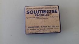 ANCIENNE BOÏTE VIDE SOLUTRICINE 5.5X4.5 CM - Scatole