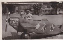 Photo Carte Snapshot Petit Avion Liège 1953 - Photographs