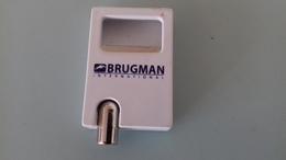 DECAPSULEUR BRUGMANN - 6.5X4 CM - Apri-bottiglie/levacapsule