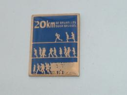 Pin's ATHLETISME, 20 KM DE BRUXELLES - Athlétisme