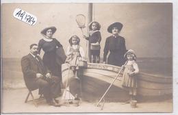 LE TOUQUET- PARIS-PLAGE- CARTE-PHOTO- TOUTE LA FAMILLE REUNIE CHEZ LE PHOYTOGRAPHE M BOURDIER- - Le Touquet
