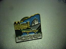 Pin's EDF GDF Agence De PAU (64) @ 19 Mm X 19 Mm - EDF GDF