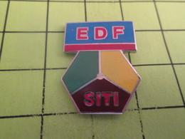 SP05 Pin's Pins / Beau Et Rare : THEME EDF GDF / SITI - EDF GDF