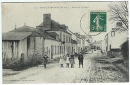 BOUILLE-MENARD Route De Nyoiseau (animée, Enfants) - Other Municipalities