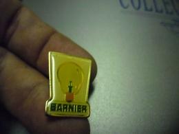 Pin's Electricité BARNIER - Ampoule éclairage @ 23 Mm X 18 Mm - EDF GDF
