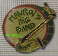 MAUROI'S BIG BAND GROUPE Du Lycée MAUROIS De DEAUVILLE  SAXOPHONE CAISSE CLAIRE SAXO Dpt 14 CALVADOS - Música