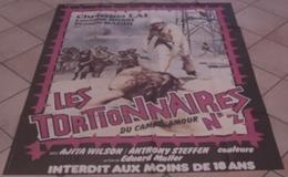 AFFICHE CINEMA ORIGINALE FILM LES TORTIONNAIRES DU CAMP D'AMOUR N°2 MULARGIA WILSON 1980 TBE EROTISME - Posters