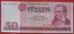 50 Mark 1971 (DDR WPM 30) - [ 6] 1949-1990 : RDA - Rep. Dem. Tedesca