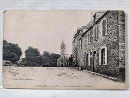 Pleherel. Grande Rue Et Eglise - Otros Municipios