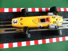 SCALEXTRIC Exin BRM Ref C 37 Amarillo Made In Spain - Circuitos Automóviles