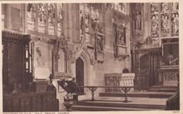 STRATFORD ON AVON . HOLY TRINITY CHURCH INTERIOR - Stratford Upon Avon