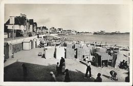 Quiberon (Morbihan) - Vue Générale De La Plage, Tentes - Edition La Cigogne - Carte N° 1071 - Quiberon