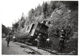 CPM      TRAVAUX DE RELEVAGE   SOUS L OEIL DE L OCCUPANT PRES DE LA DOYE  EN 1943 - Other