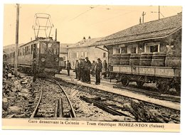 CPM    SUISSE          GARE DESSERVANT LA COLONIE      TRAM ELECTRIQUE MOREZ NYON         GARE DES ROUSSES VERS 1922 - Gares - Avec Trains