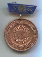1966. Spartakiade DTSB - DDR East Germany, Vintage Pin, Badge, Abzeichen Medal, Olympic Olympiade, D 35 Mm - Olympic Games