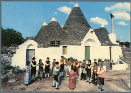 °°° Cartolina N. 68 Alberobello Trulli E Folklore Nuova Fori °°° - Bari