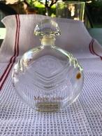 FLACON D'EAU DE TOILETTE 100ml / MAGIE NOIRE De LANCÔME - Bottles (empty)