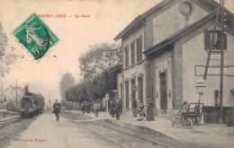 51 SAINT JUST LA GARE TRAIN ET PASSAGERS EN GARE - Francia