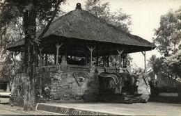 Indonesia, BALI SEMARAPURA, Klungkung Palace Assembly Hall (1930s) RPPC Postcard - Indonesia