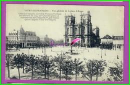 CPA (51 Marne) - VITRY LE FRANCOIS - Vue Generale De La Place D'Armes - écrite Au Dos - Vitry-le-François