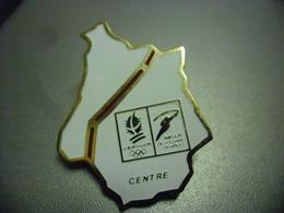 Grand Pin's Parcours De La Flamme Région Centre - J.O D'hiver Albertville 1992 Jeux Olympiques @ 40 Mm X 32 Mm - Olympic Games