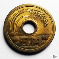 Japan - 5 Yen - 1970: Year 45 - Japón
