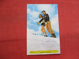 Skiing  Aspen Colorado.     Ref  3456 - Winter Sports