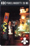 FINLAND - Man With Cardphone, Turun Puhelin Telecard, Tirage 11500, Exp.date 12/95, Used - Finland