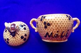 HONING-POT MELI ADINKERKE DE PANNE * ANCIEN POT à MIEL Honey Jar Bij Bee Ruche Honeybee Apiculture Apiculteur Z685 - Autres Collections