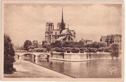 Paris - La Pointe Est De L'Ile De La Cité, Le Pont Et Le Square De L'Archevéché, L'Abside De La Cathédrale Notre-Dame - Notre-Dame De Paris