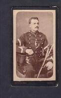 Photo Cdv Fisch Rennes Portrait Militaire Du 10 10è Regiment ( Artillerie Sabre ) - Guerre, Militaire