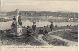 D56 - CONLEAU - LA CROIX DE LANGLES ET LA PRESQU'ILE DE CONLEAU - Enfants Assis Sur La Croix Et à Côté - Autres Communes