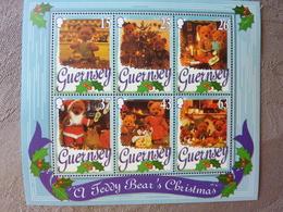 A Teddy Bear's Christmas  ** MNH - Guernesey