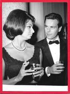 SOPHIA LOREN E ROBERT WAGNER - 1962 - Persone Identificate