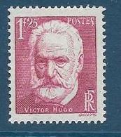 Timbres Neufs *  France, N°304 Yt, Victor Hugo,  Charnière - Nuevos