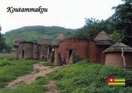 """1 AK Togo * Koutammakou Die Aus Lehm Erbauten Häuser (""""Takienta"""") Gelten Als Symbol Togos - 2004 UNESCO Weltkulturerbe - Togo"""