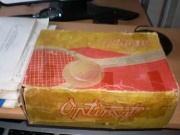 Tennis Balls In The Original Box 4 Balls Optimut Czechoslovakia - Apparel, Souvenirs & Other