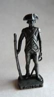 FIGURINE KINDER  SCAME METAL SOLDAT FRANCAIS FR 1780 GRENADIER 3 80's FER - KRIEGER FRENCH - Figurines En Métal