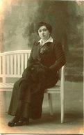 PORTRAIT OF A WOMAN, RETRATO DE UNA MUJER, PORTRAIT D'UNE FEMME. POSTAL POSTALE CPA CIRCA 1930's NON CIRCULE - LILHU - Mujeres