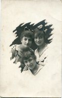 GRUPO DE 3 MUJERES HERMANAS. GROUP OF 4 WOMEN SISTER. GROUPE FEMMES. POSTAL POSTALE CPA CIRCA 1920 NON CIRCULE - LILHU - Mujeres